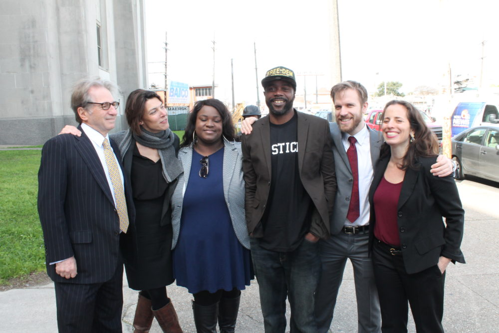 After exoneration, Robert Jones stands with his legal team including Innocence Project Co-Director Barry Scheck, Innocence Project New Orleans Executive Director Emily Maw, Kirschelle McGowan, Richard Davis, and Innocence Project Senior Attorney Nina Morrison on Jan. 26, 2016. Photo: Innocence Project New Orleans